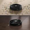 iRobot Roomba 606 aspirapolvere robot 0,6 L Senza sacchetto Nero